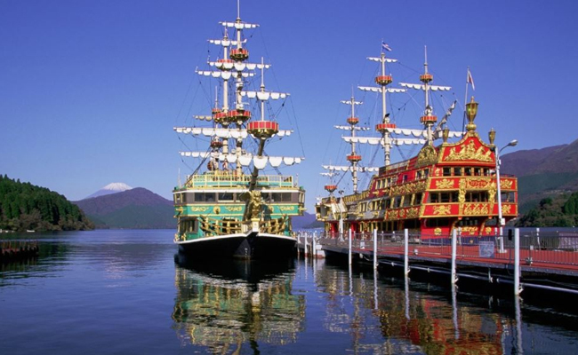 Pirate Ship of Ashinoko in Hakone